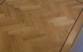 Mekkes vloeren - Khars - Therdex - PVC - Tarkett - Miflor - Friesland - Nederland - Noord Holland - Noord - Renovatie - Schuren - Schade -